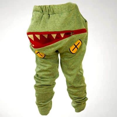 Alege haine baieti, pantaloni Crocodil