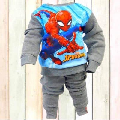 Alege haine de copii online. Trening gros Spiderman