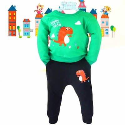 Alege haine copii. Trening baieti cu dinozaur