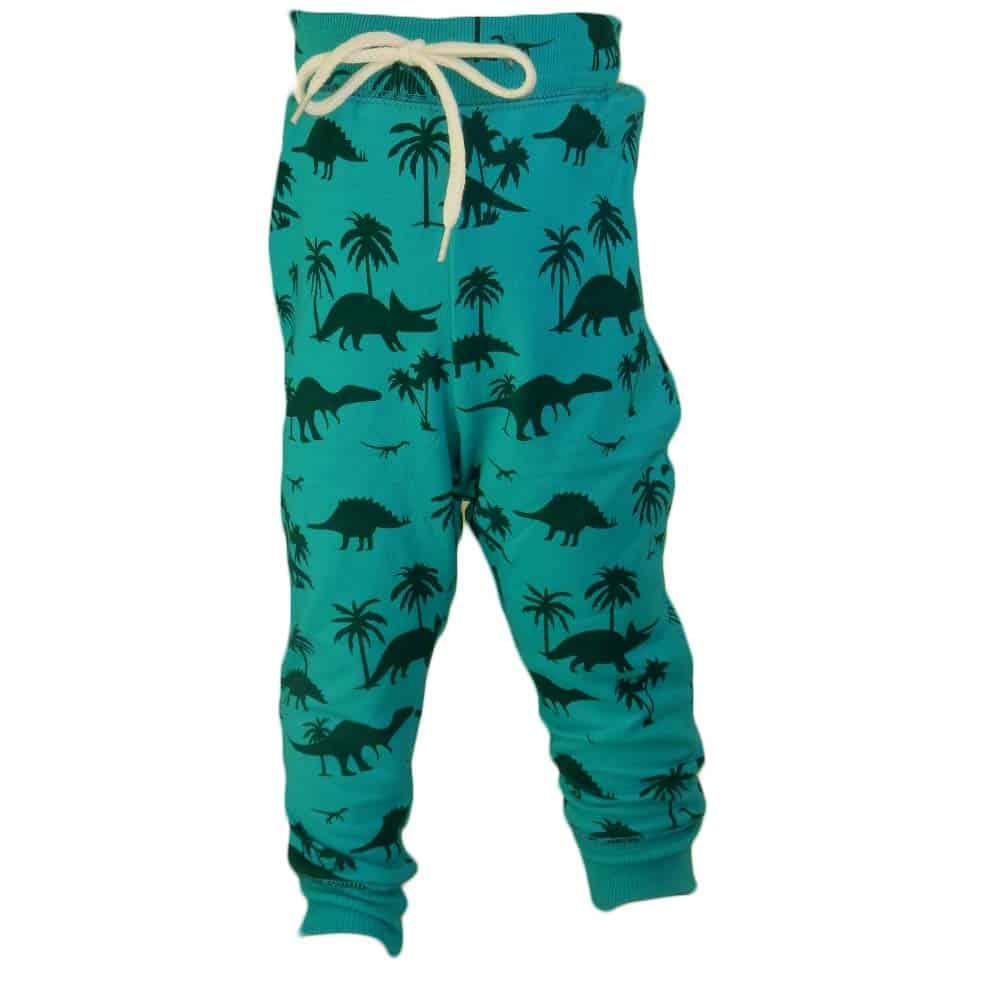 Alege pantaloni pentru copii. Haine colorate baieti