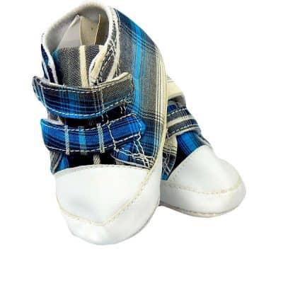Papuci pentru bebelusi baieti